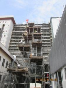 Borgo Roma scaffolding